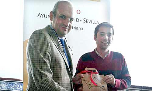 Manuel Touriño Álvarez (d), el rey Gaspar en Triana. / El Correo