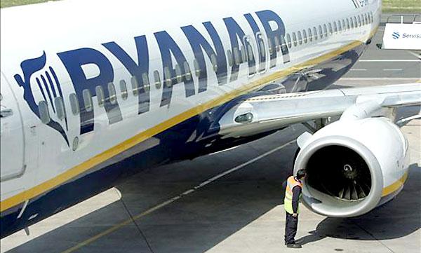 Un avión de Ryanair. / EFE