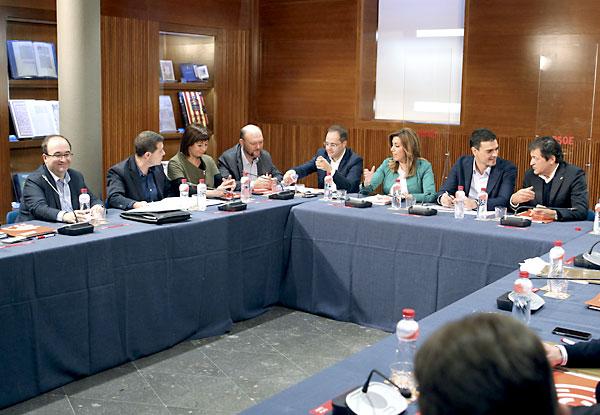 Vista general de la reunión este domingo del Consejo Político Federal del PSOE, que se ha celebrado en Zaragoza. / EFE