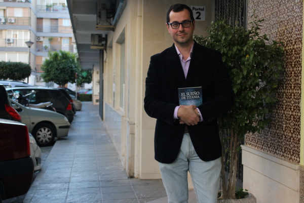El escritor y periodista Andrés González-Barba.