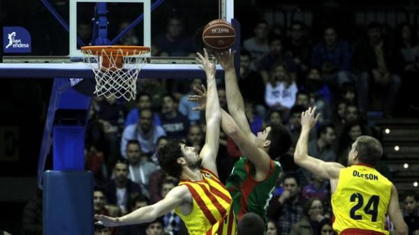 Barcelona-sufre-quita-Copa-Cajasol_TINIMA20140126_0348_5