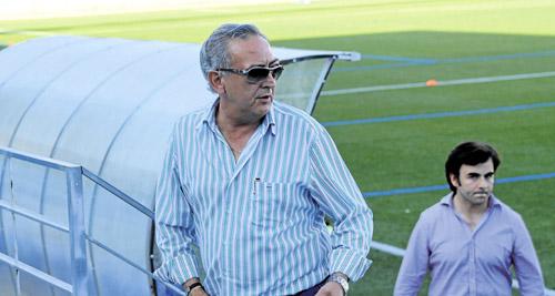 Lisardo López, en la imagen en un entreno de la pretemporada, podría entregar el testigo al nuevo grupo inversor. / Jesús Sánchez