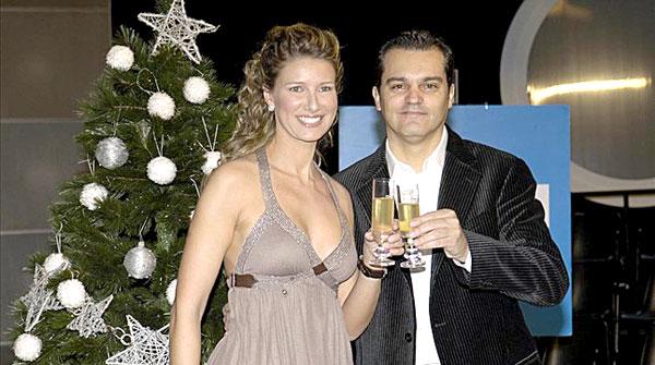 Anne Igartiburu y Ramón García, pareja de presentadores de la Campanadas de TVE.