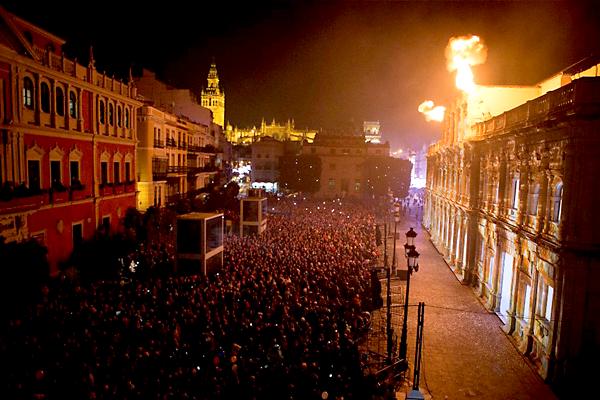 Aspecto que presentaba la Plaza de San Francisco. / Ayto. de Sevilla