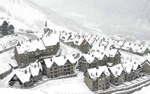 Vista de Baqueira Beret nevada. EFE