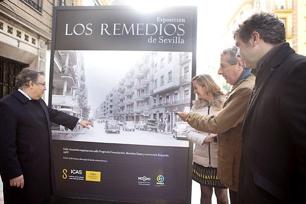 Juan Ignacio Zoido inauguró la muestra. / Pepo Herrera