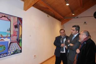 Pérez Villalta acompañó al alcalde, Gutiérrez Limones, durante una visita a la exposición. / El Correo