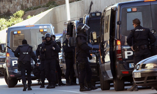 LA POLICÍA NACIONAL DETIENE A CUATRO PRESUNTOS YIHADISTAS EN CEUTA