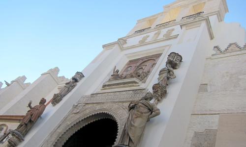 La Puerta del Perdón de la Catedral de Sevilla.