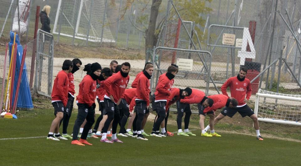 El Sevilla FC aligera la plantilla con una inesperada salida
