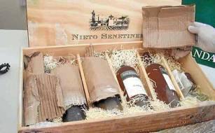 Droga oculta en botellas de vino. / El Correo