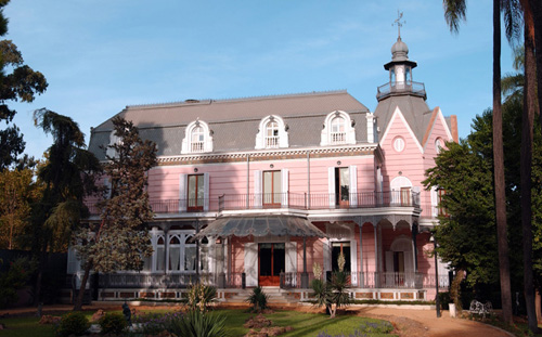 casa rosa jardines