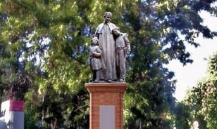 estatua-juan-bosco