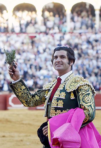 El diestro Morante de la Puebla vuelve a la Maestranza. / EFE
