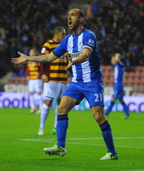 Iván Ramis, en un partido del Wigan.