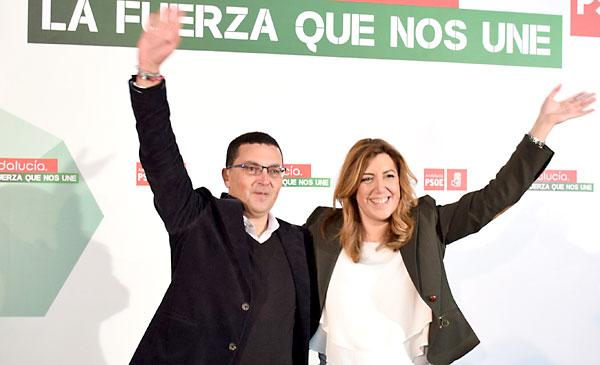 Susana Díaz presentando la candidatura de  Jerónimo Guerrero a la reelección como alcalde de El Coronil este viernes. / E.P.