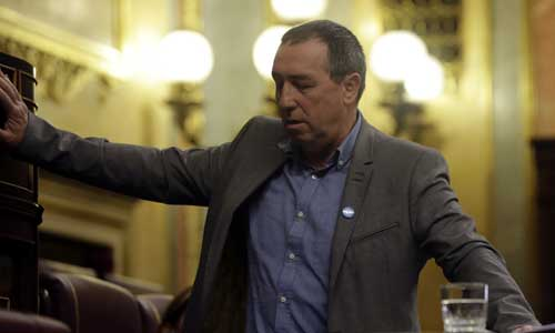 El diputado Joan Baldoví, de Compromis-Equo, sufrió un mareo. Foto: EFE