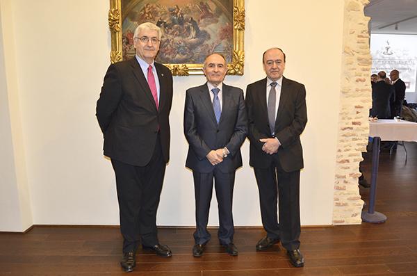 Domingo Buesa, David López y Julio Lage, ayer en el Museo Diocesano de Zaragoza.