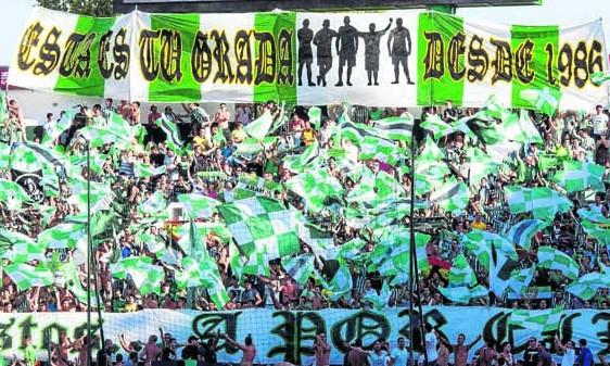 Imagen de la grada de Gol Sur en un partido de esta temporada / Foto: Inma Flores