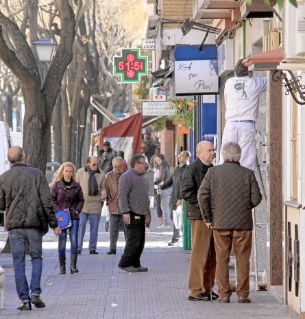 La calle Afán de Ribera es la columna vertebral de la trama urbanística del Cerro. / José Luis Montero