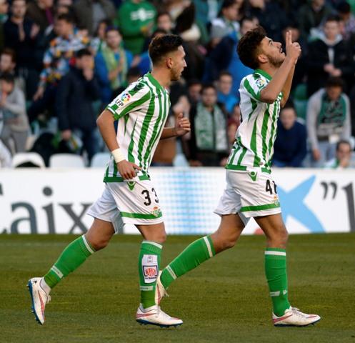 Dani Ceballos y Varela, en el Betis-Sabadell / Foto: Manuel Gómez