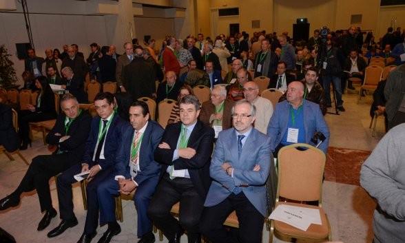 Panorámica de la última junta general de accionistas del Betis / Foto: Inma Flores