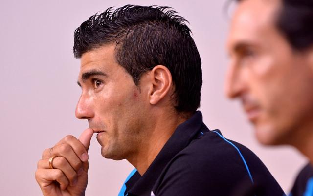 Reyes, en una comparecencia de prensa junto a Unai Emery / Foto: Manuel Gómez