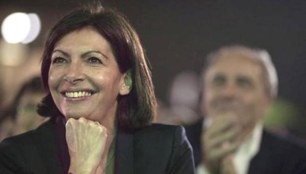 La alcaldesa de París, Anne Hidalgo, gaditana de origen.