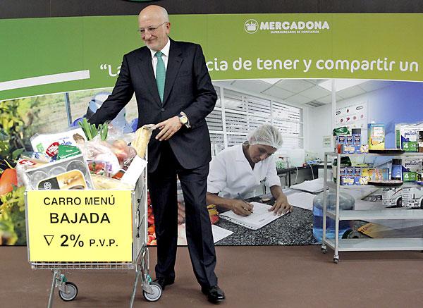 El presidente de Mercadona, Juan Roig, ayer en la presentación de resultados de 2014. / Manu Bruque (Efe)