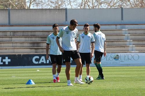Entrenamiento del Betis en la Ciudad Deportiva Luis del Sol. RBB