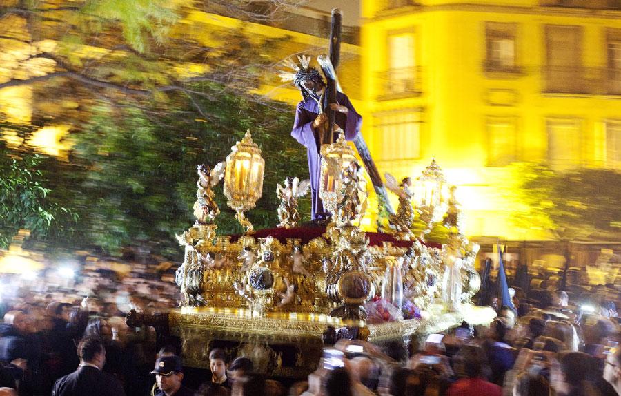 El Gran Poder modifica sus itinerarios de ida y vuelta la próxima Madrugá. / Pepo Herrera