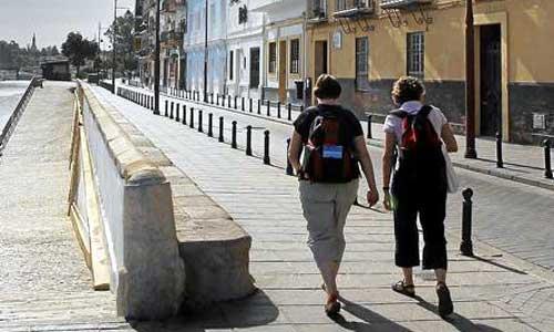La calle Betis, en el corazón de Triana. Foto: Paco Puentes
